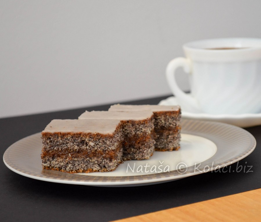 kolac-sa-makom-i-cokoladom