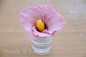 cvijet od fondan mase