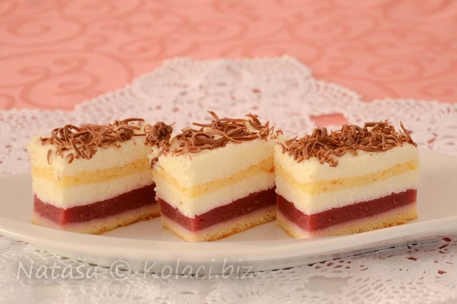 ledeni kolač sa malinama
