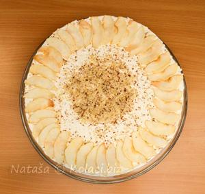 dekoracija od sušenih jabuka