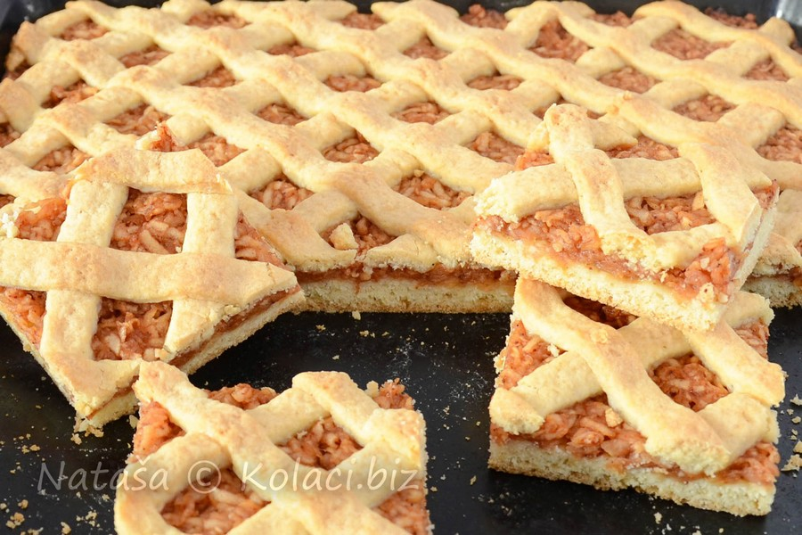 bakin kolač sa jabukama