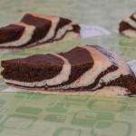 Zebra kolač u dvije boje