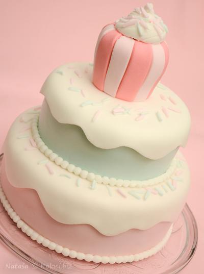 ukrasena-torta