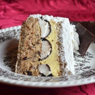 torta sa slatkišima