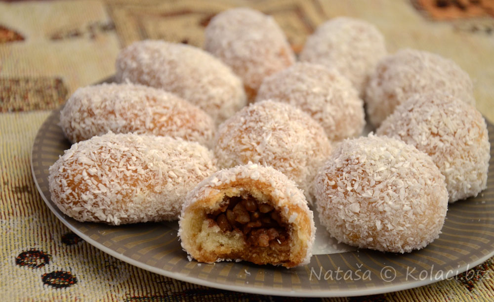 keksici-sa-orasima-i-kokosom