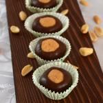 Kuglice od kikiriki maslaca i čokolade