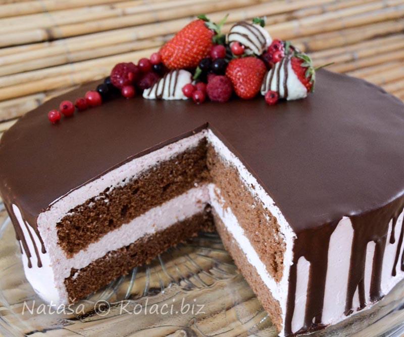 torta-od-jagoda-sa-krem-sirom