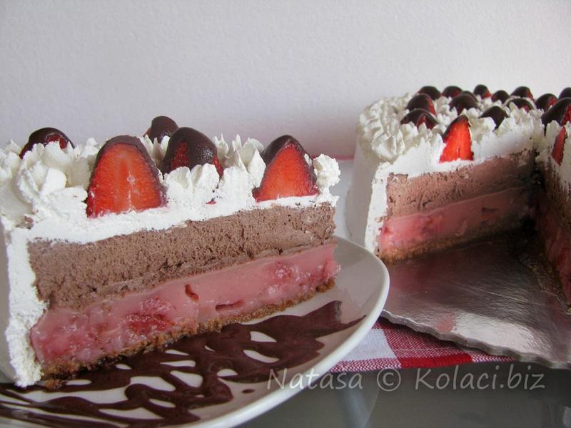 torta-sa-jagodama-i-cokoladom