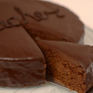 Odlična Sacher torta (VIDEO)
