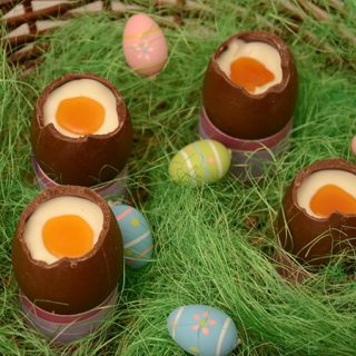 Čokoladna uskrsna jaja sa mascarpone sirom (video)