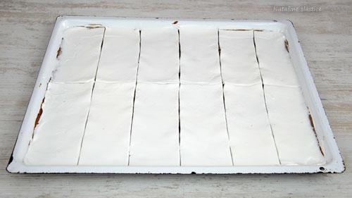 izrezan kolač