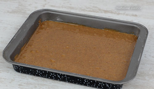 kolač prije pečenja