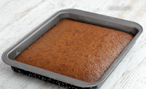 biskvitni kolač