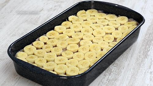 banane na kolaču