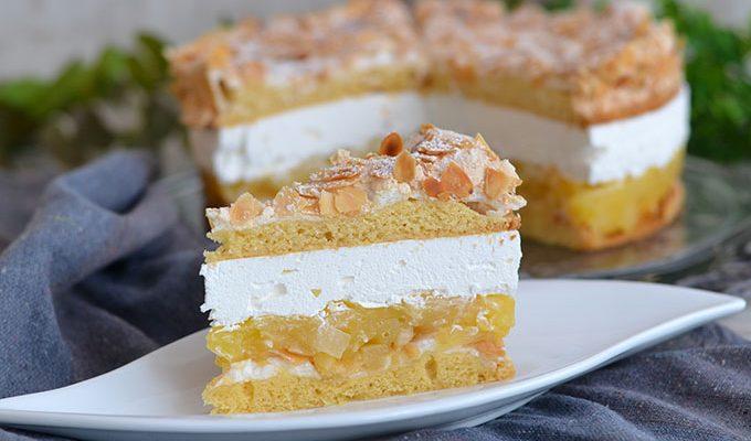 Festags torta s ananasom