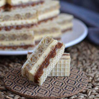 kolač s oblatnama